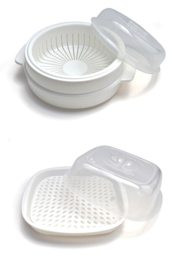 Product detail. Close up view for small and medium containers.