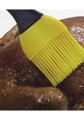 Baste a chicken in the oven or on the bbq with this set of brushes.