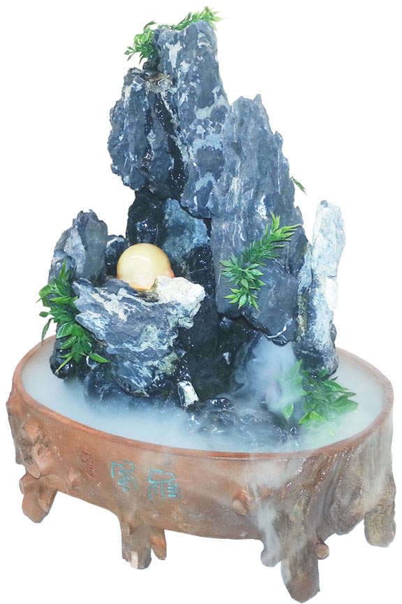 Place into any container of water to instantly transform it into a fascinating scene.