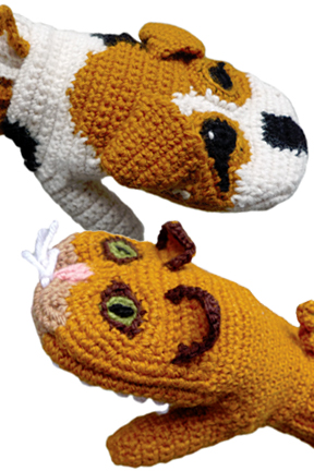 Predator Vs Prey Mittens for Adults - Dog Vs. Cat