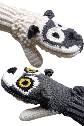 Predator Vs Prey Mittens for Adults - Wolf vs. Sheep