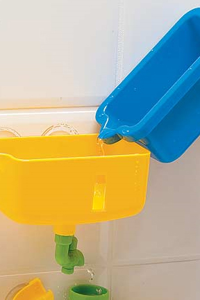 Pouring bucket allows kids to collect water easily.
